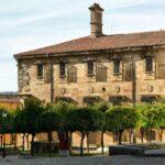Edificio palaciego de la Casa del Dean en Plasencia en Extremadura