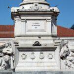 Monumento a don Pedro IV en la plaza de Rossio en Lisboa