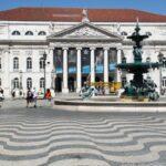 Teatro Nacional en la plaza de Rossio en Lisboa