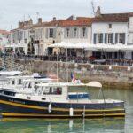 Puerto deportivo de Saint Martin de Re cerca de la La Rochelle
