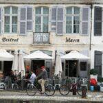 Rincón del puerto de Saint Martin en la isla de Ré cerca de La Rochelle