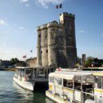 Torre de San Nicolás en el puerto de La Rochelle al oeste de Francia