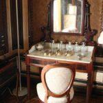 Salón vestidor de la reina en interior del palacio da Pena en Sintra
