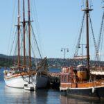 Barcos en el puerto de Oslo en Noruega