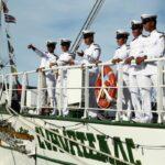 Tripulación de un gran barco velero mexicano en la Tall Ships Race 2012 en A Coruña