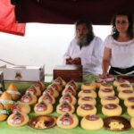 Quesos típicos en el Mercado Medieval de Mondoñedo en Galicia