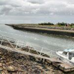 Entrada al puerto de Boyardville en la isla de Oléron al oeste de Francia