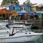 Barcos de recreo en el puerto de Boyardville en la isla de Oléron al oeste de Francia