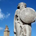 Breogán de José Cid en el parque escultórico de la Torre de Hércules en A Coruña