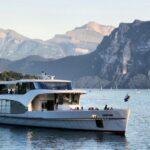 Yate panorámico Saphir para crucero por el Lago de Lucerna en Suiza