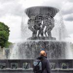 Fuente del parque Vigeland en Oslo