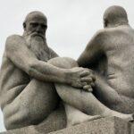 Esculturas de granito en el parque Vigeland en Oslo