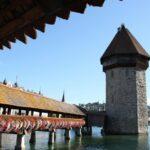 Rincón del puente medieval de Lucerna en Suiza
