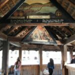 Pinturas renacentistas en la cubierta de madera del puente medieval de Lucerna