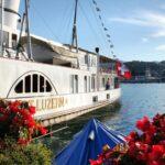 Barco a vapor para crucero por el lago Lucerna en Suiza