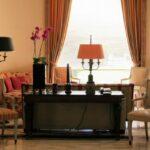 Rincón de un salón del Hotel Palacio en Estoril