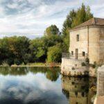 Antiguo molino, ahora sede del spa, en la Hacienda Zorita cerca de Salamanca