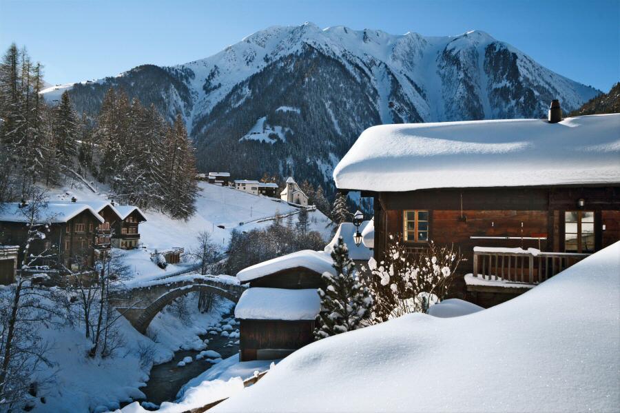 Paisajes nevados en Binntal Valais en Suiza / Foto: ST/Swiss Image