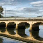 Puente sobre el río Anllóns en Ponteceso en la Costa da Morte de Galicia