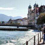 Orilla del rio Reuss en Lucerna