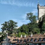 Torre de la antigua muralla medieval de Lucerna