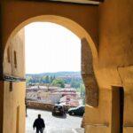 Pasaje de entrada al antiguo barrio medieval de Tarazona