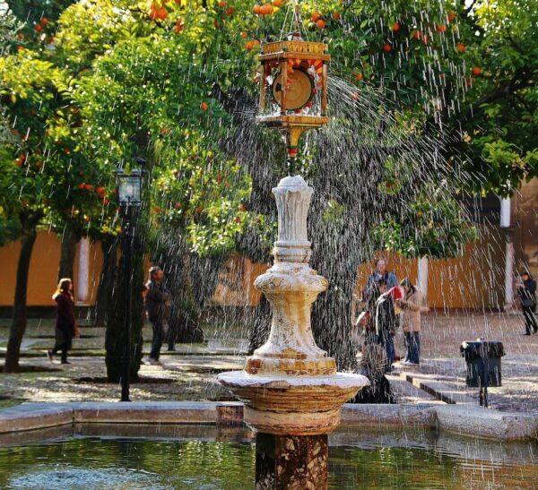 Fuente de Santa María en el Patio de los Naranjos en la Mezquita de Córdoba