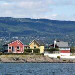 Casas en una isla del fiordo de Oslo