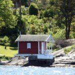 Caseta de baño en una isla del fiordo de Oslo