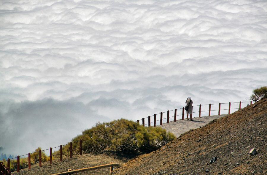 Mar de nubes sobre el Valle de la Orotava en Tenerife