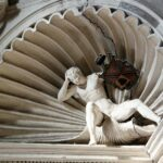 Escultura en la bóveda de la Escalera Noble del Palacio Espiscopal de Tarazona