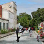 Pueblo en la isla de Aix al oeste de Francia