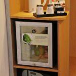 Zona de refrigerio en la habitación de los hoteles Novotel