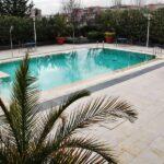 Piscina del hotel Novotel Puente de la Paz de Madrid