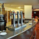 Bar del hotel Novotel Puente de la Paz de Madrid