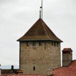 Torre de la muralla de Murten en Suiza