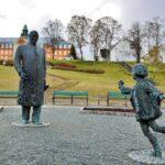 Esculturas en un parque de Tromso en Noruega