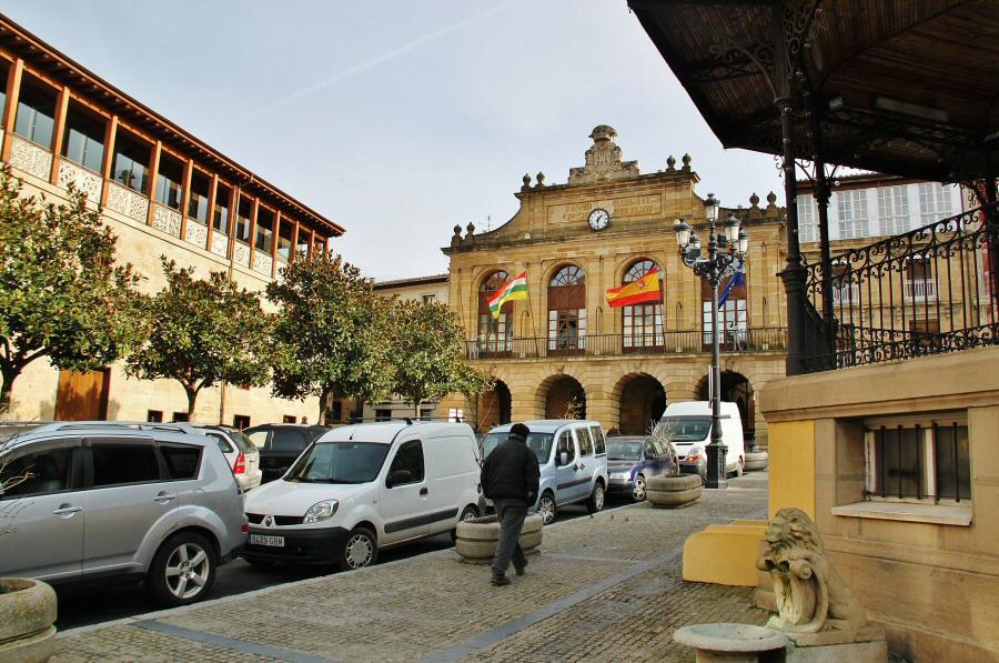 Ayuntamiento en la plaza de la Paz de Haro en La Rioja