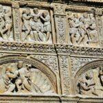 Portada plateresca de la iglesia de Santo Tomás en Haro en La Rioja