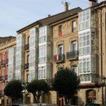 Galerías acristaladas en casa de Haro en La Rioja