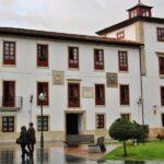 Palacio del Peón en el centro histórico de Villaviciosa