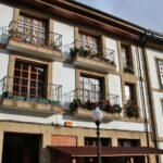Edificios en el centro histórico de Villaviciosa en Asturias