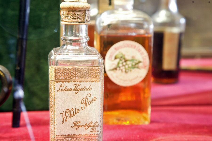 Resultado de imagen para Chäteau de Chamerolles museo del perfume