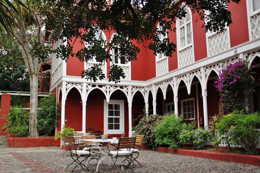 Terraza en el hotel rural Finca Las Longueras en Gran Canaria