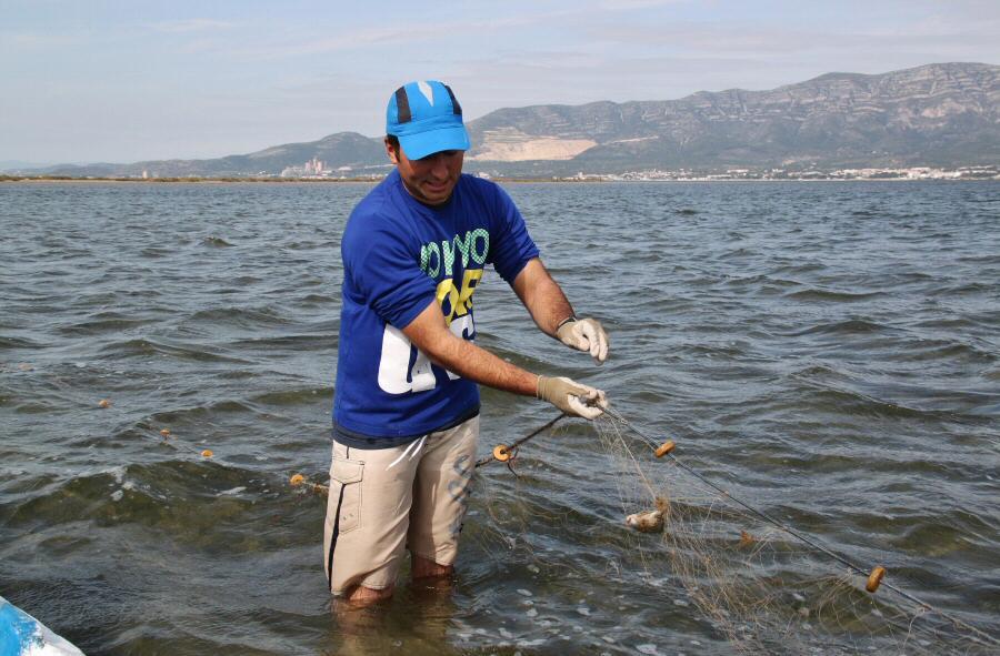 Pesca tradicional con Agustí en el Delta del Ebro en San Carlos de la Rápita
