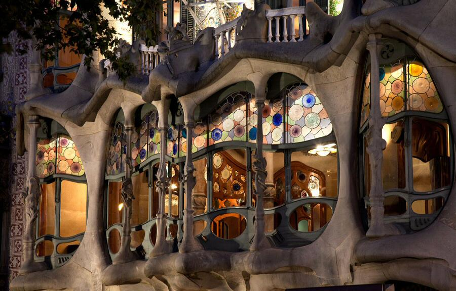 4a72bba206 Programa Noches Mágicas 2014 Casa Batlló