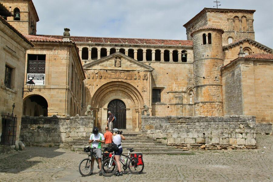 Colegiata de Santillana del Mar en Cantabria