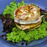 Milhojas de foie con queso de cabra en restaurante Kaia