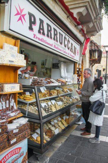 Tienda de dulces malteses en Rabat