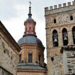 Torres del monasterio de Guadalupe en Extremadura
